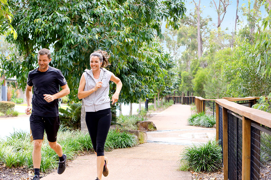 Kalina couple jogging in the park