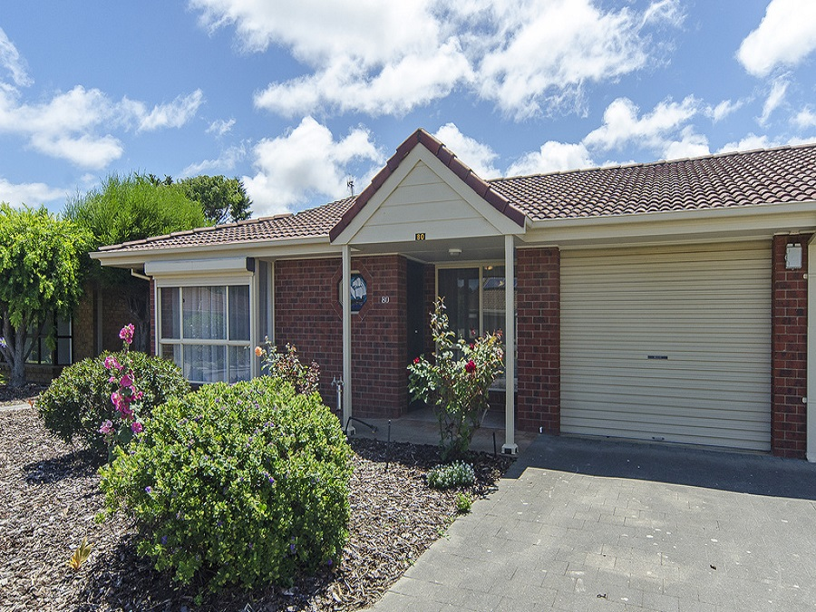 Stockland Bay Village 2 bed villa