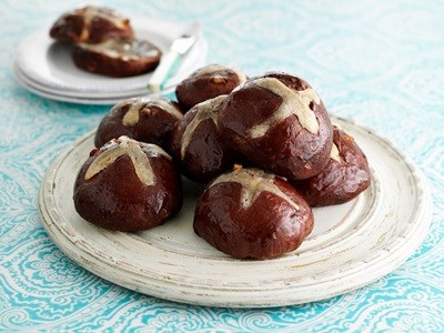 Hot Cross Buns with Orange and Chocolate