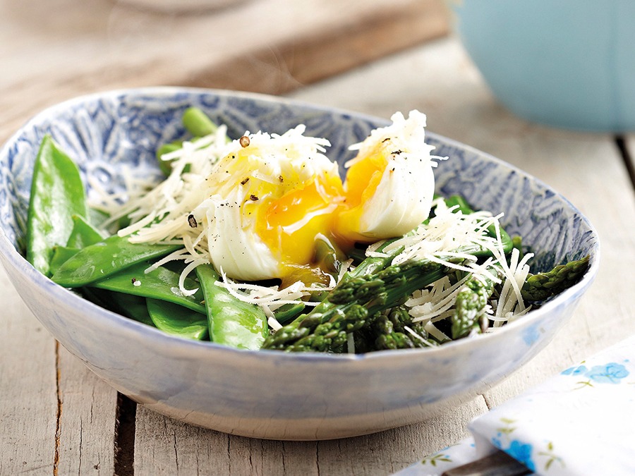 Asparagus with softly boiled egg