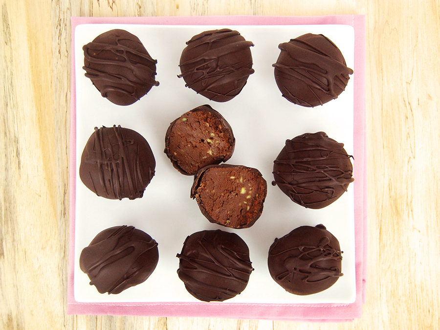 Gluten-free 3 ingredient chocolate truffles